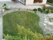 kamínkový lem trávníku
